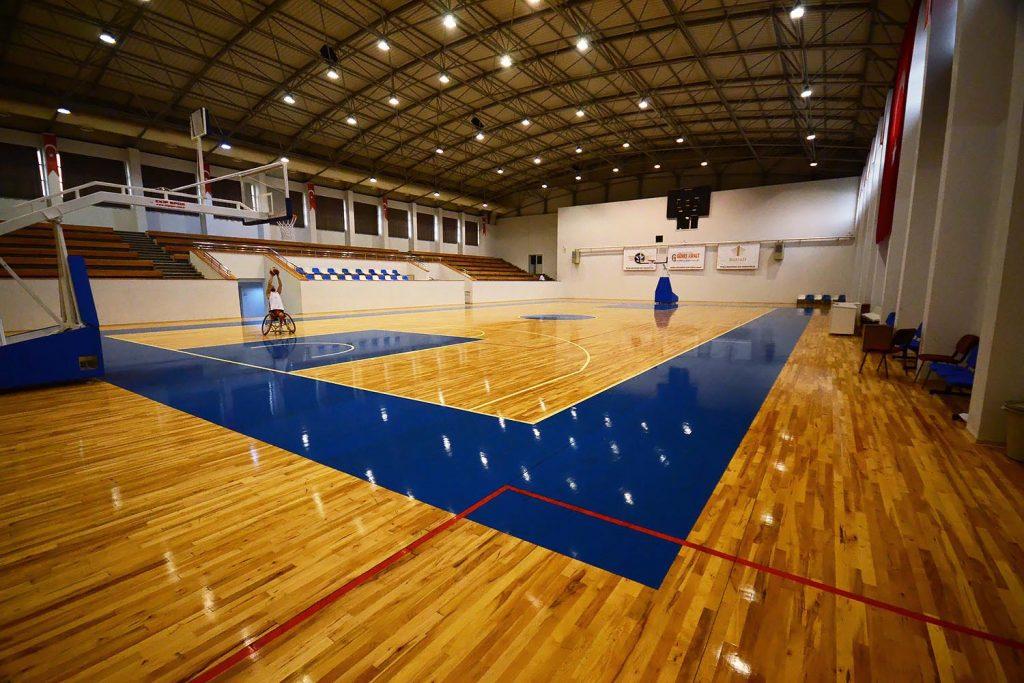 alparslan turkes basketbol sahasi 1